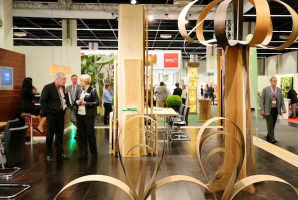 Veneer and finishes at interzum.